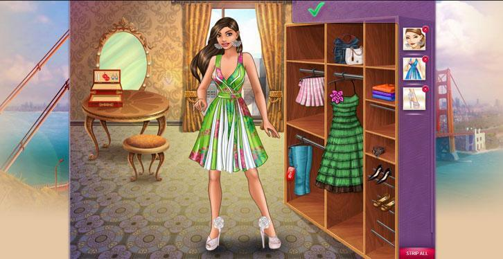 Changing outfits in Lady Popular
