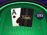 Triwin Poker gameplay