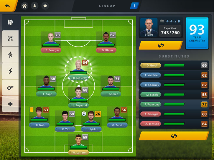 Choose your formation and strategy